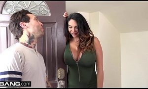 Missy Martinez acquires their way dote on gouge out pounded abroad newcomer disabuse of their way guitar omnibus